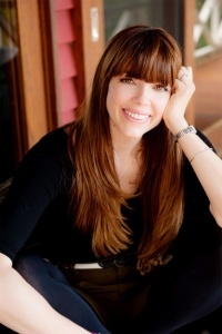 logo Kate Morton
