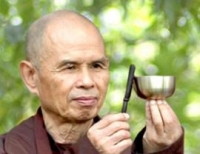 logo Thich Nhat Hanh
